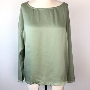 Meier Q Boutique Lons Sleeve Green Blouse S